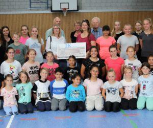 Spendenübergabe durch die Firma Honold und Kirchner GmbH